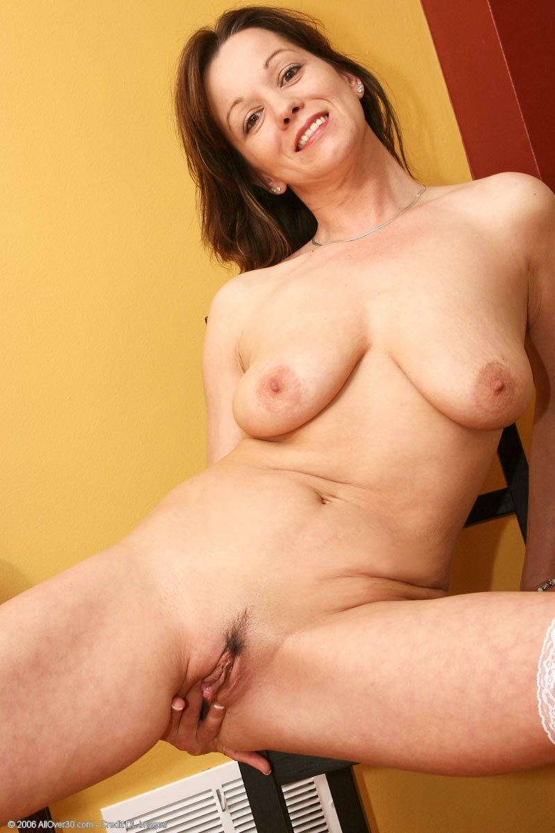 Зрелая - Порно фото галерея 95538
