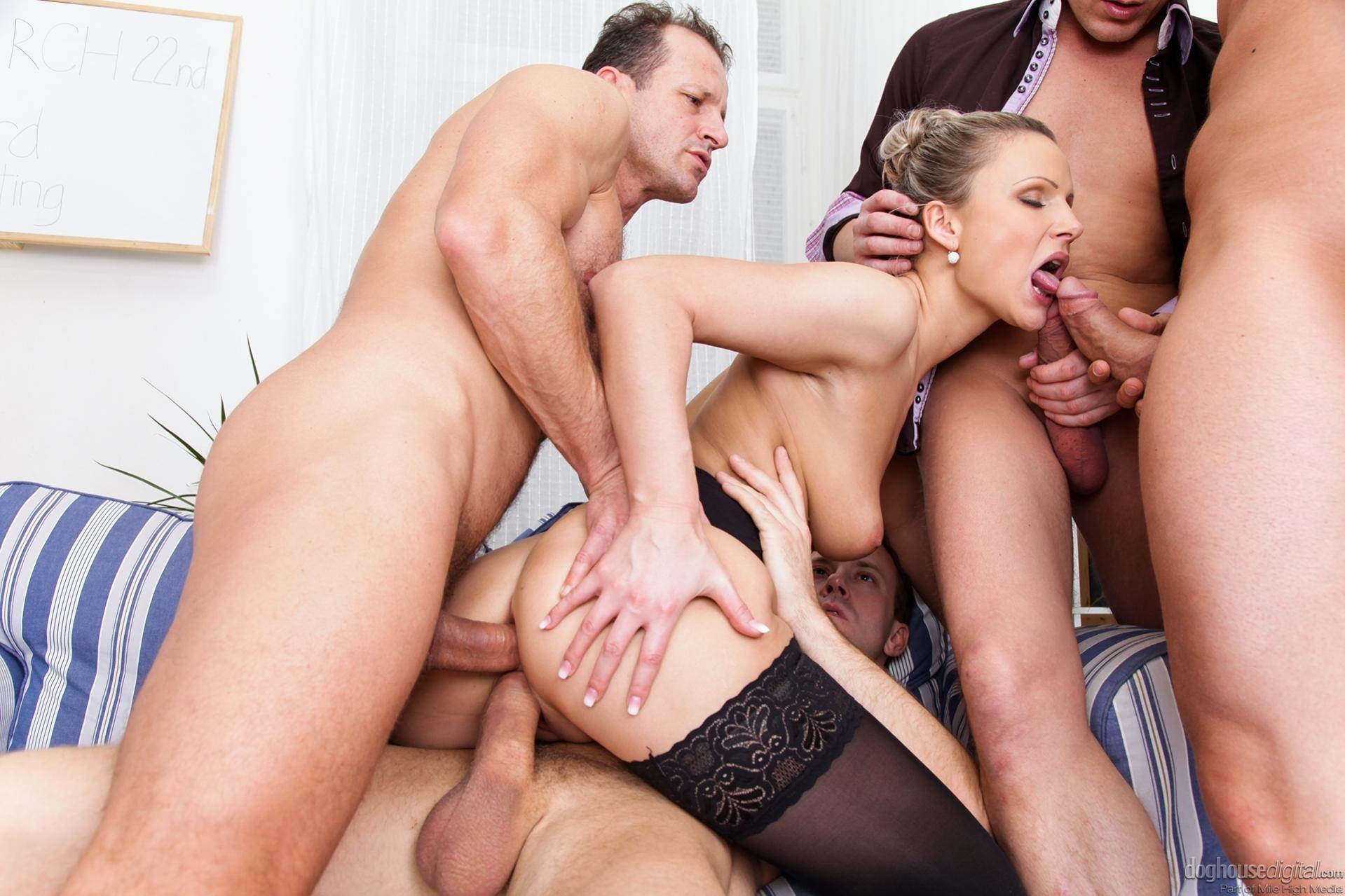 porno-onlayn-v-chulkah-polnometrazhnoe