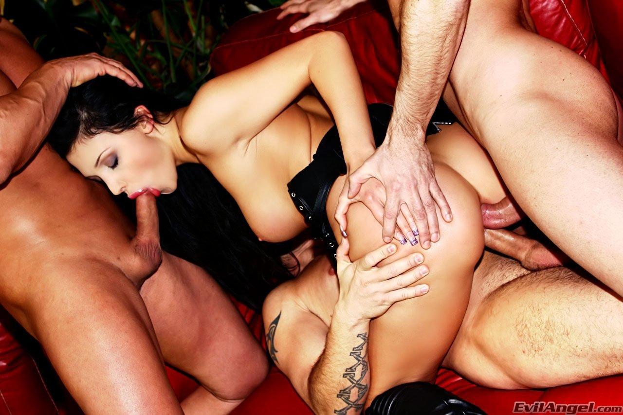 Смотреть самый страстный групповой секс, Групповой секс в HD. Групповое порно смотреть онлайн 9 фотография