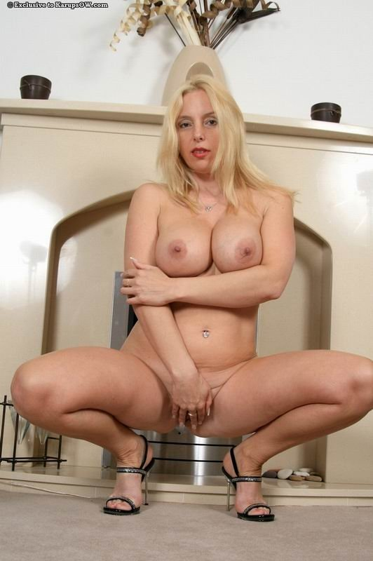 Зрелая - Порно фото галерея 368142