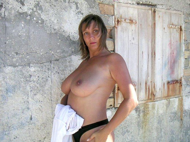 На улице - Порно фото галерея 20779