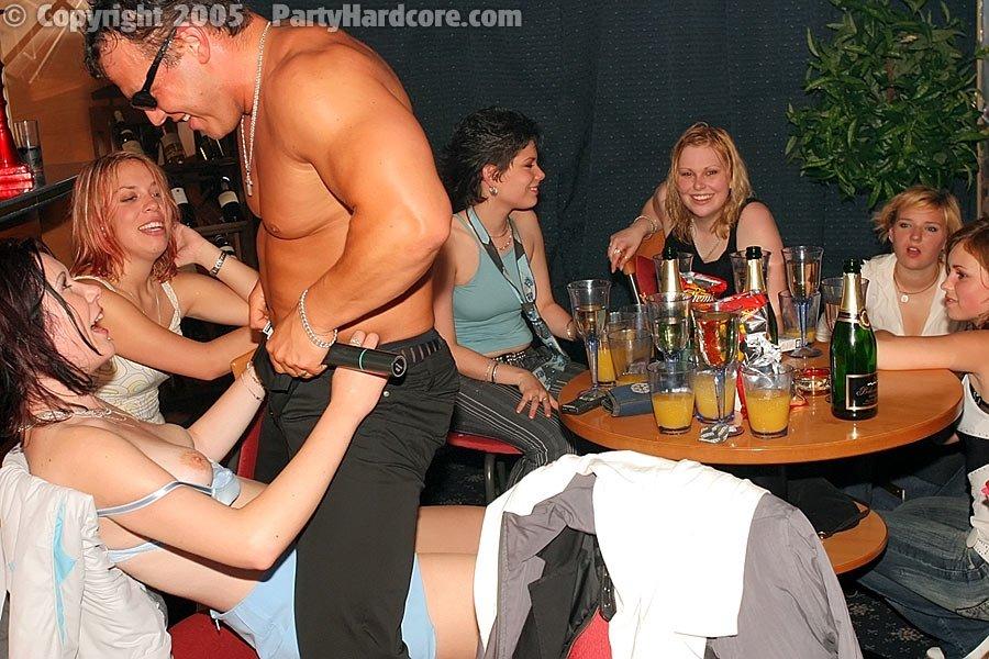 Пьяная секс вечеринка - Порно фото галерея 288534