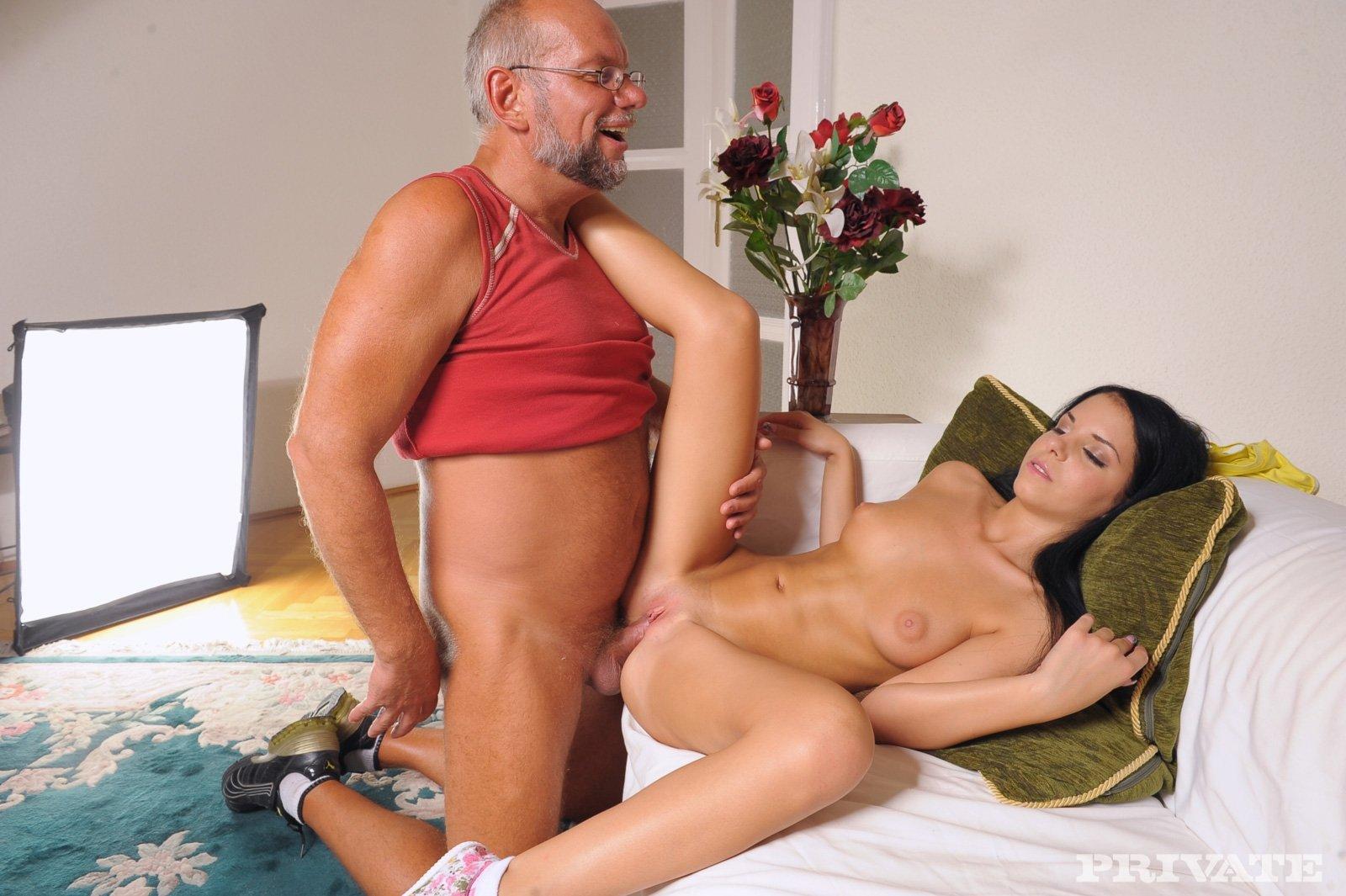 Секс рассказы о дядях и племянницах, Порно рассказы про племянницу. Читать порно 14 фотография