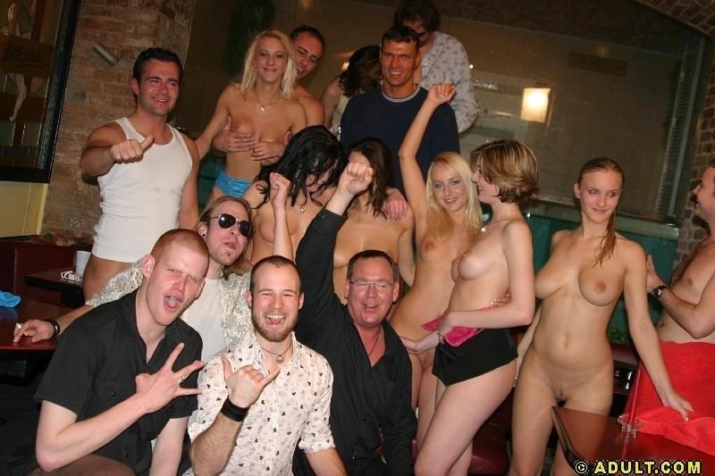 Пьяная секс вечеринка - Порно фото галерея 288555