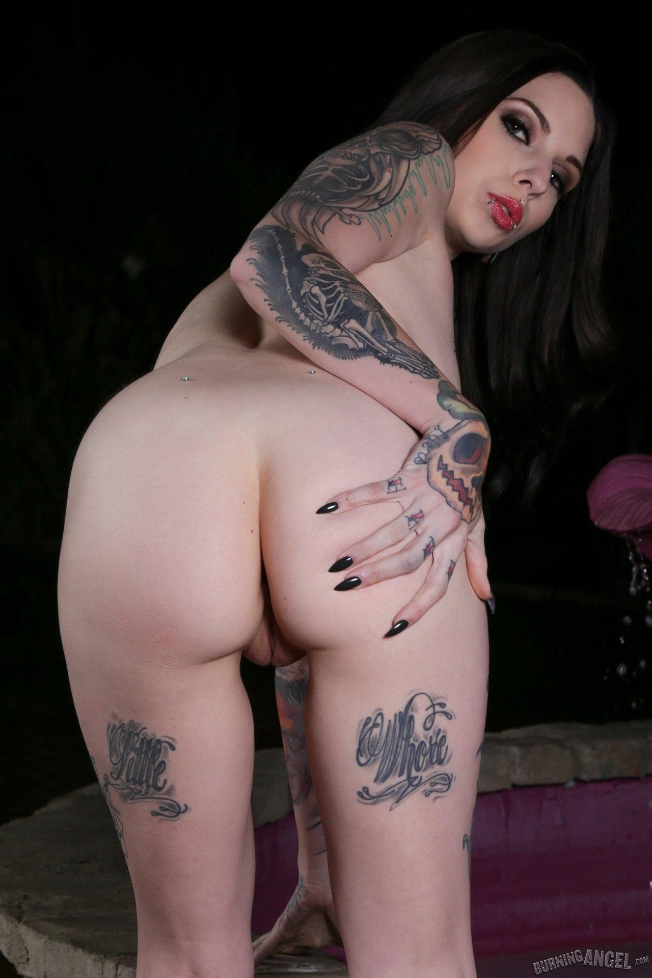 С пирсингом - Порно фото галерея 1060828