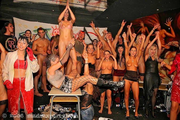 Пьяная секс вечеринка - Порно фото галерея 288426