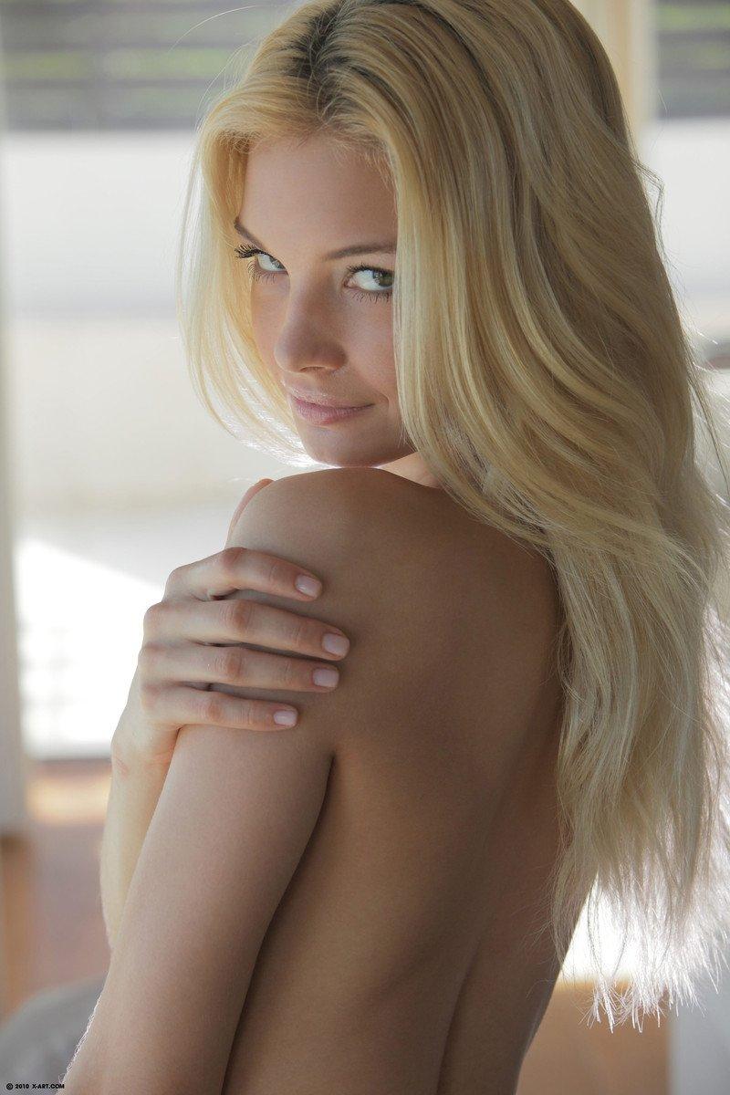 Снимают трусы - Порно фото галерея 1057835