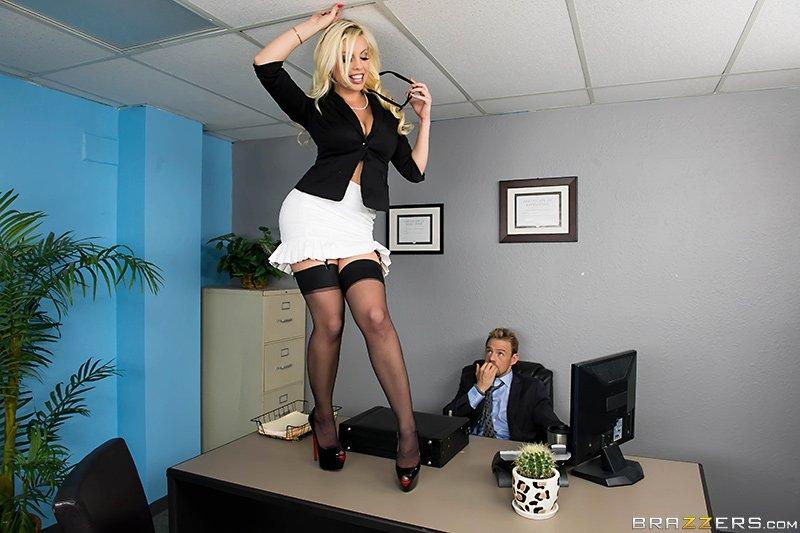 Секретарша - Фото галерея 1056328
