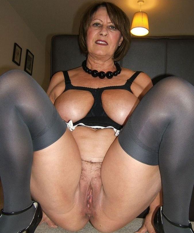 порно фото зрелых женщин с огромными бедрами № 269479 без смс