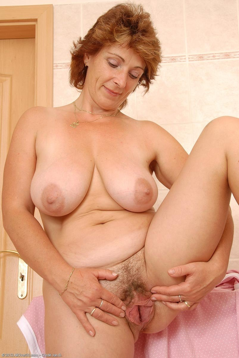 visyachie-porno-foto
