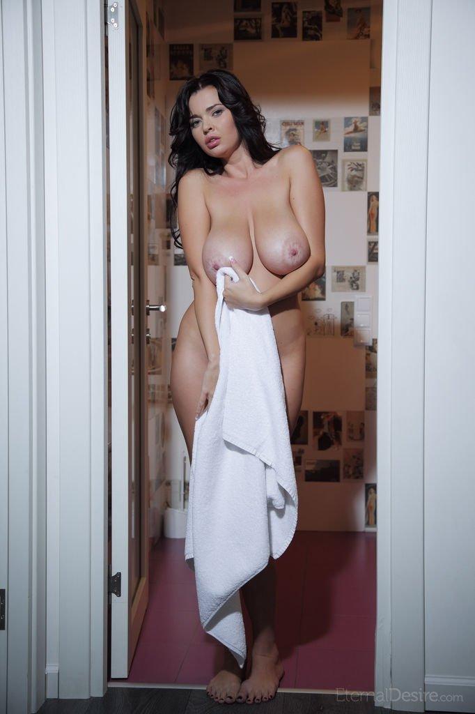 Висячие сиськи - Фото галерея 1036430