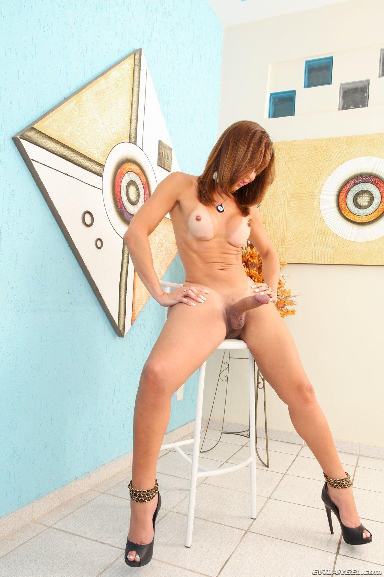 Транссексуал - Порно фото галерея 1064363