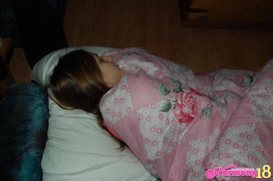 Спящие - Порно фото галерея 602451