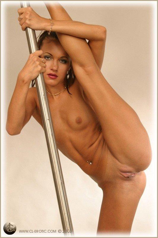Маленькие сиськи - Порно фото галерея 14439