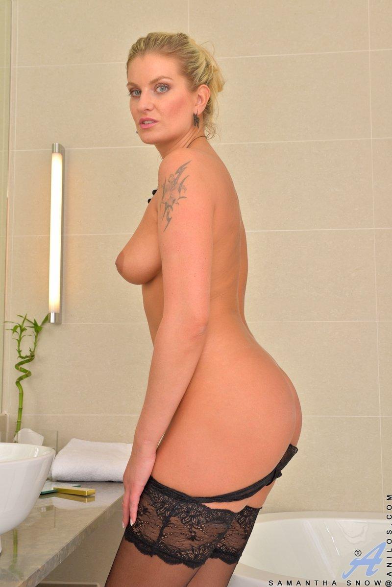 В чулках - Порно фото галерея 1082956