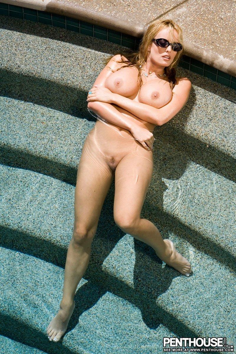 В бассейне - Фото галерея 359958