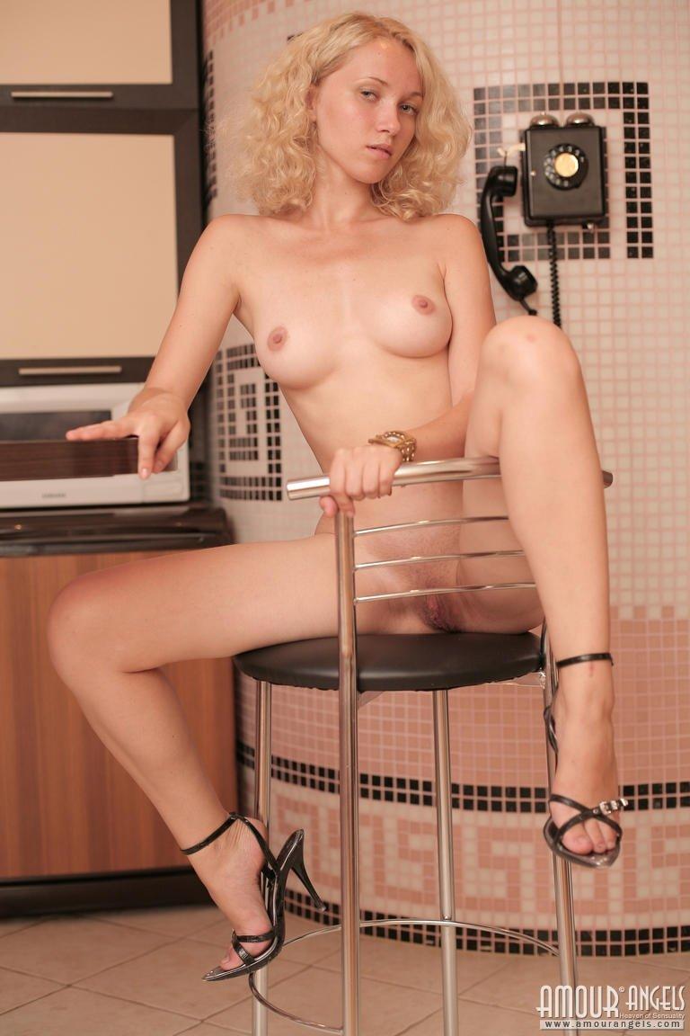 Стриптиз - Порно фото галерея 901306