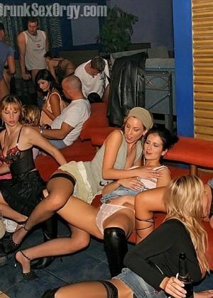 Порно фото галлереи вечеринок