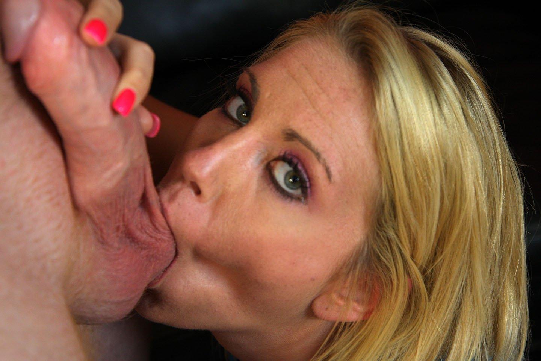 Минет с заглотом яичек - 18+ видео для самых настоящих любителей секса