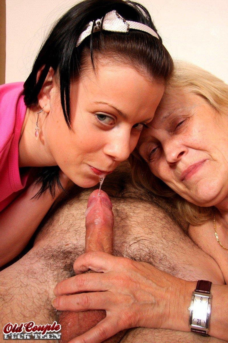 Секс втроем - Порно фото галерея 839358