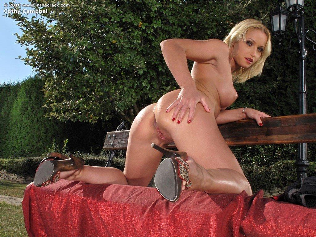 Под юбкой - Порно фото галерея 750870