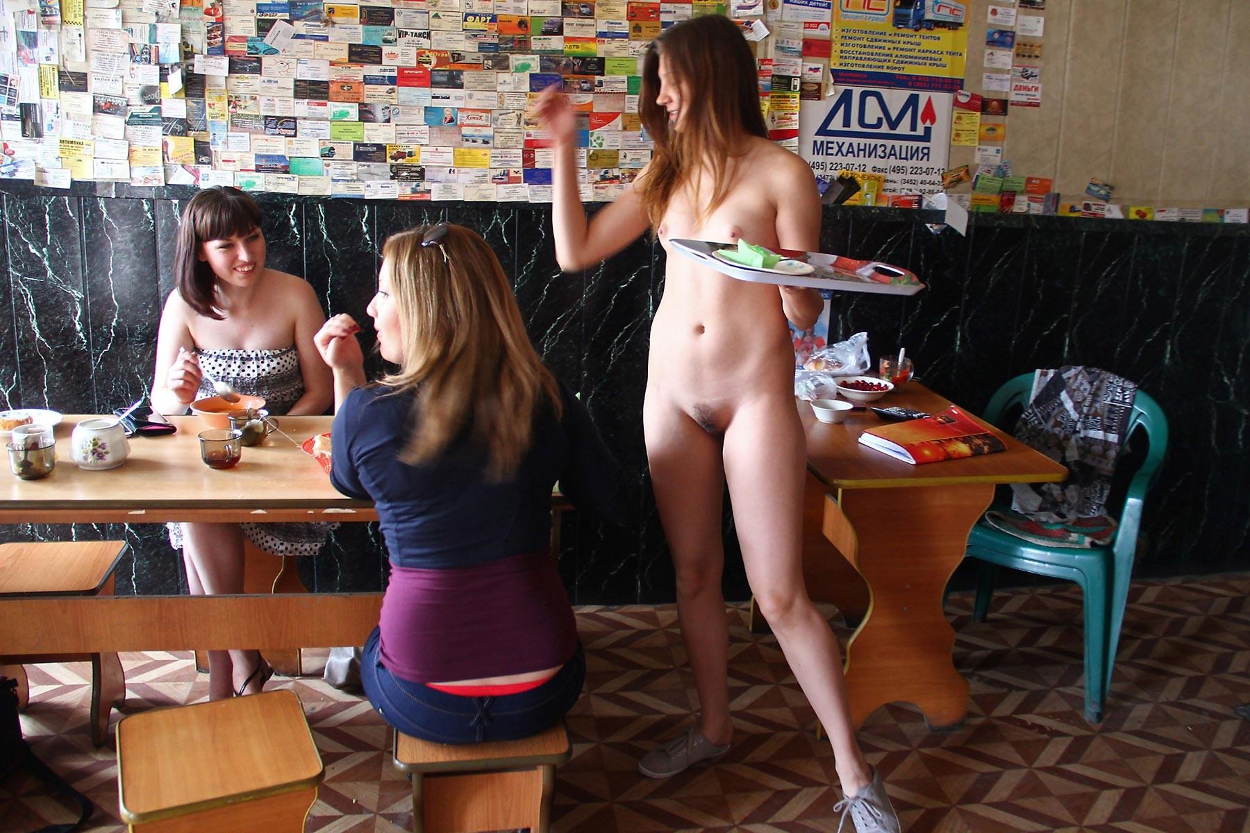 Японские официантки проститутки