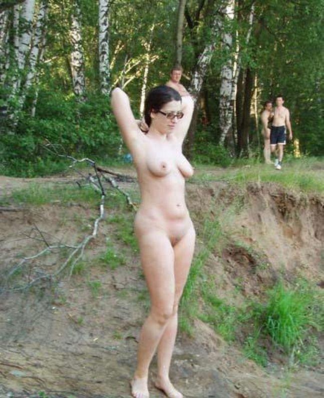 foto-podglyanutoe-za-zrelimi-zhenshinami-poslednie-kadri-porno-s-bolshim-byustom