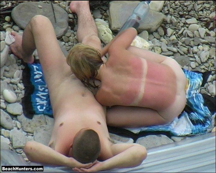 Скрытая мини камера на нудистком пляже секс