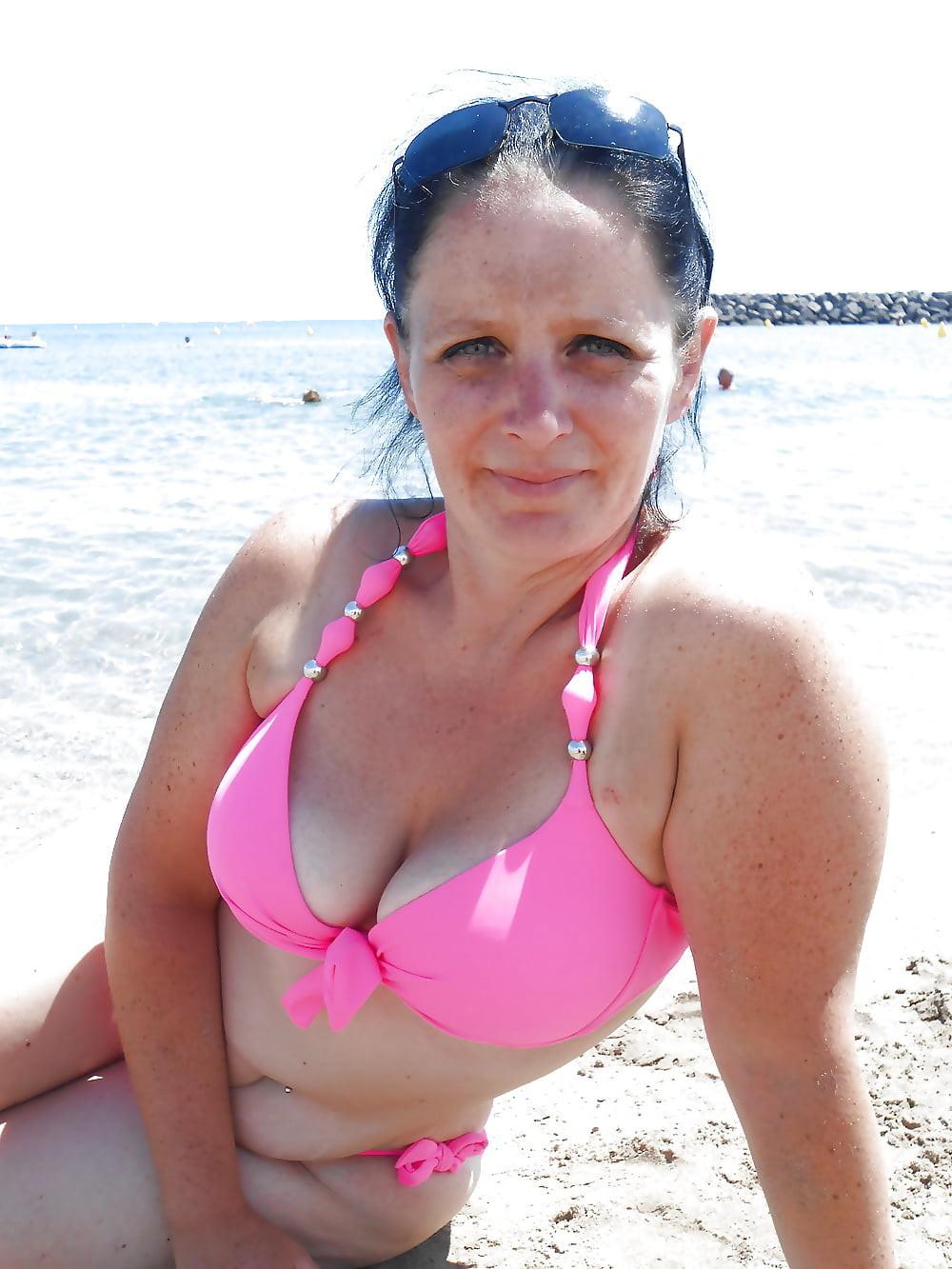 58-летняя французская жена