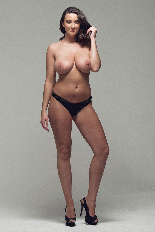 Фото модели с огромными сиськами — pic 7