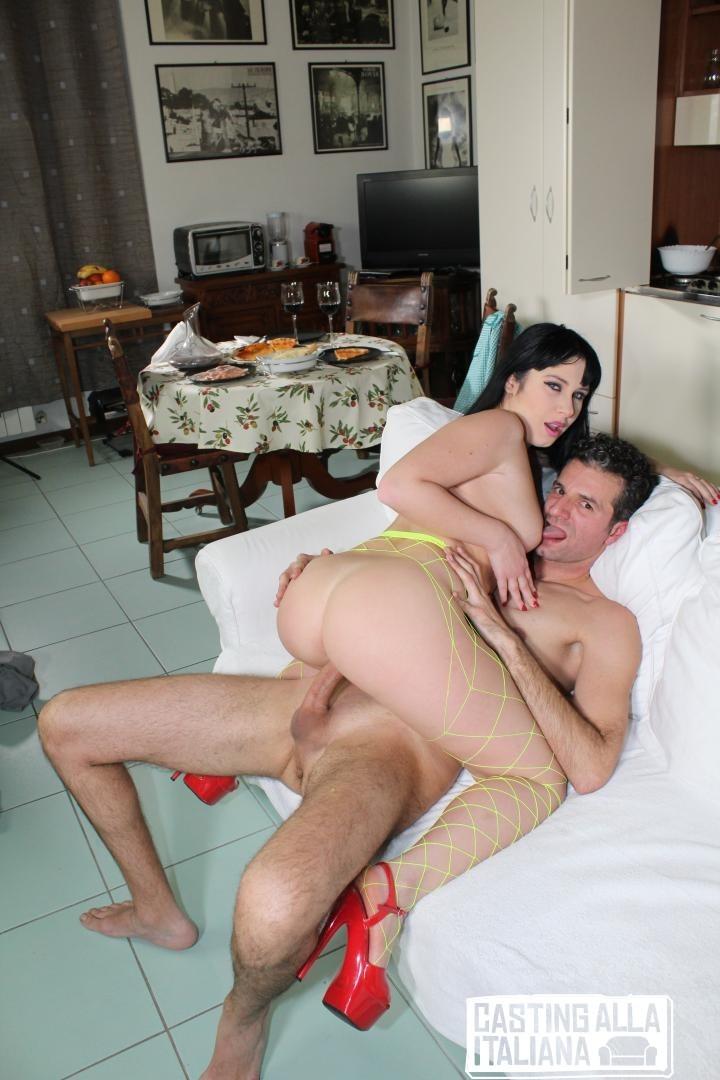Кастинг итольянки порно