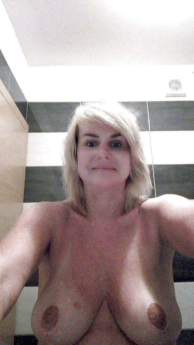 Голая женщина из Чехии Ива
