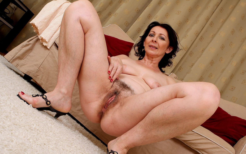 Секс фото взрослых женщин з волосатой писькой на фото, Волосатые порно фото 6 фотография
