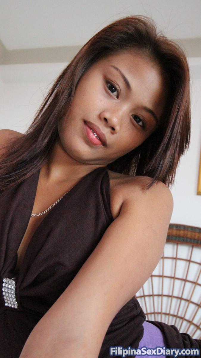 Сперма из пизды молодой филиппинской шалавы