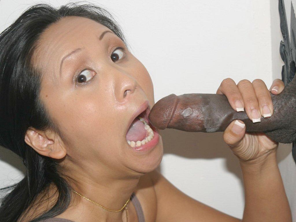 Зрелая вьетнамская порно модель Китти Лангдон