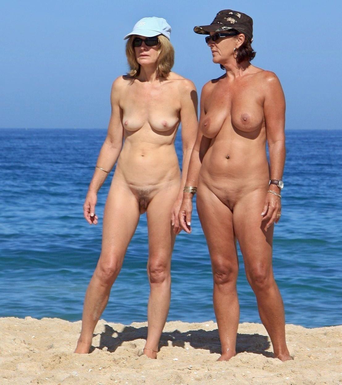 Пляжная эротика - компиляция 12