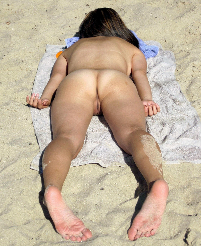 Порно Спящие На Пляже