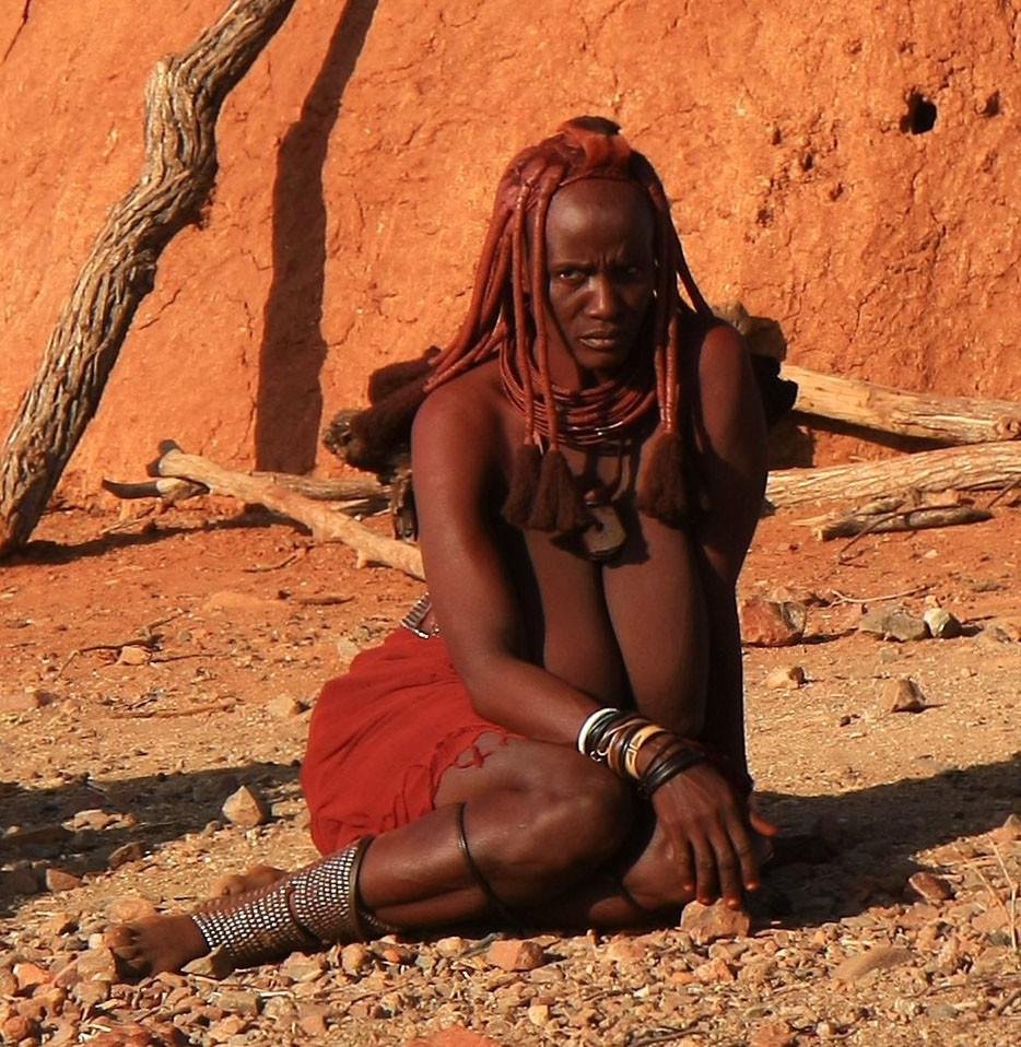 posteli-porno-prishli-afrikanskoe-plemya-pikap-porno