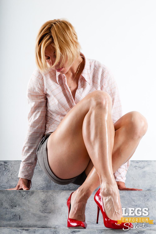 Стройные крепкие ножки