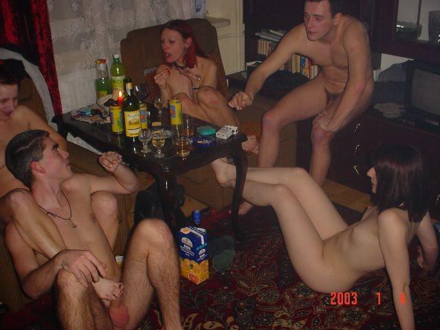 Веселая вечеринка русских свингеров