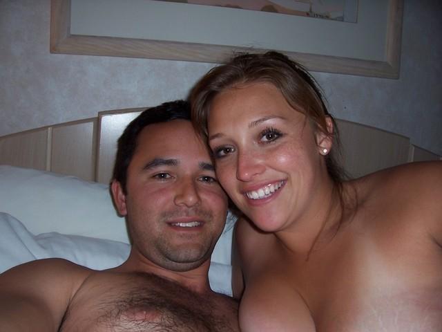 Прекрасная девушка Катя сосет и трахается с мужем