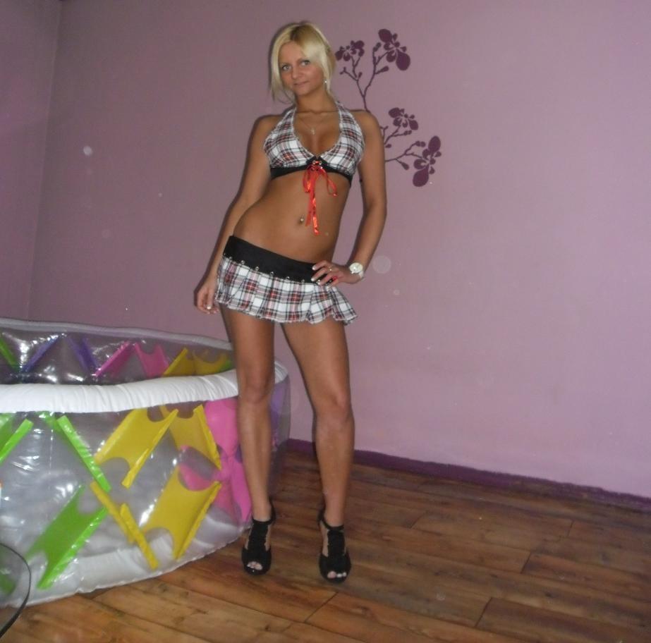 Стройная молодая полячка Наталия