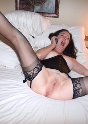 Порно лизбиянок в чулках и туфлях