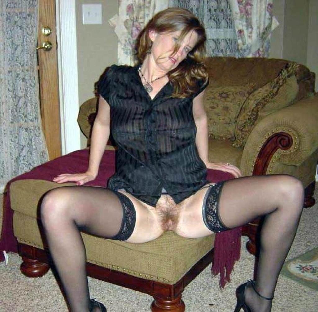 Сексуальные зрелые женщины в чулках - компиляция 12