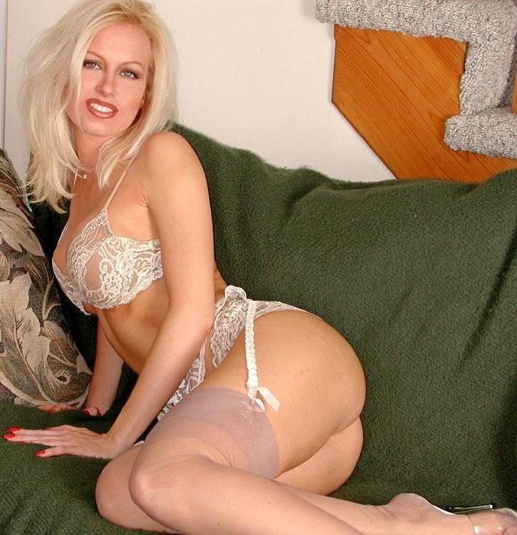 Красивые сексуальные блондинки - фото компиляция 23