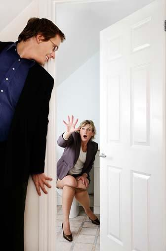 Женщины в туалете - компиляция 15