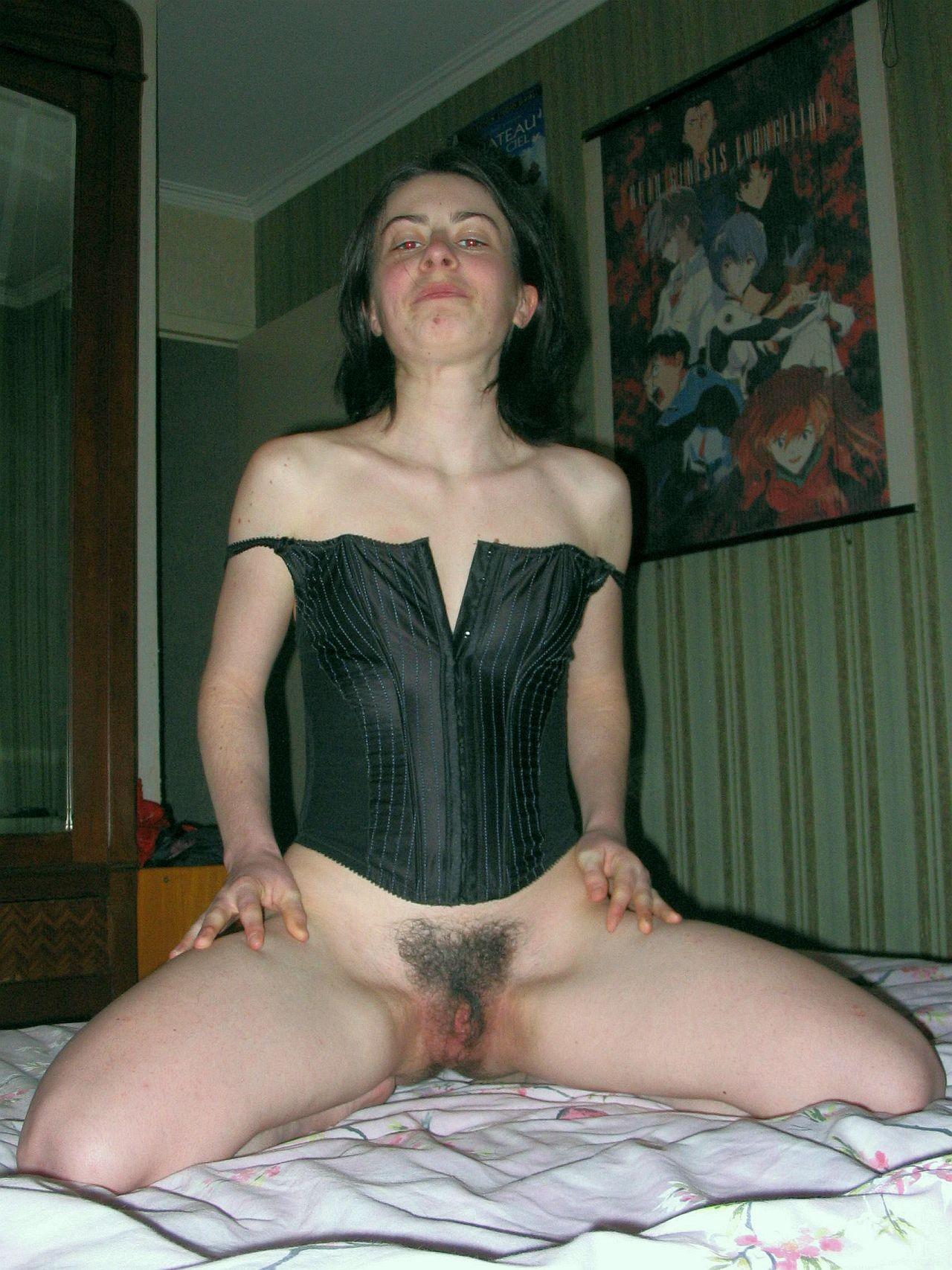 Фото рыжей небритой жены, попы взрослых женщин в коже