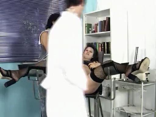 Беременная немка ебется с гинекологом