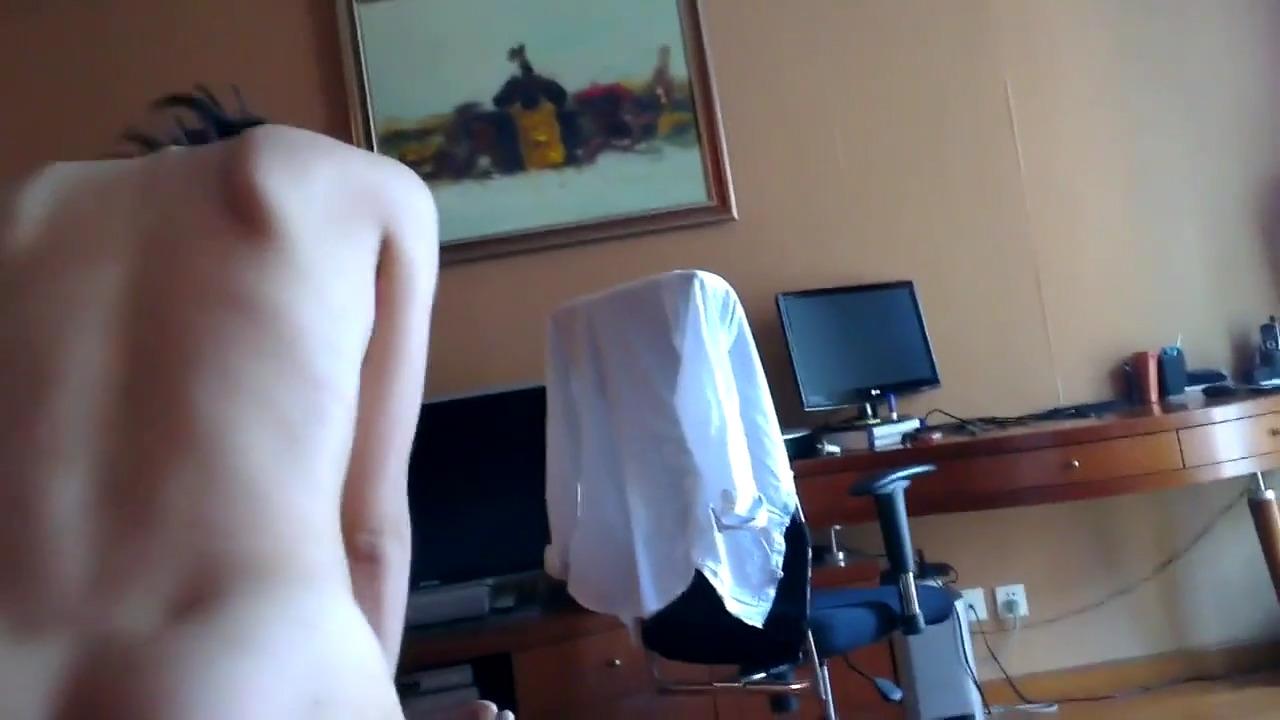 Искусный домашний секс азиатской парочки
